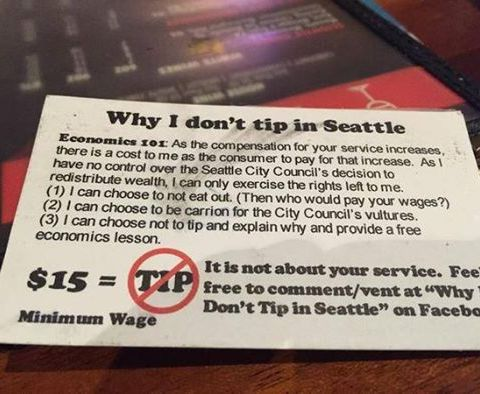 Controversial 'no tip' customer seeks out bartender, literally gives him gold
