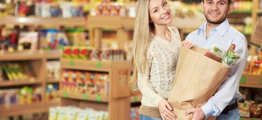 Tracking loyalty card purchases helps stem the spread of foodborne illness