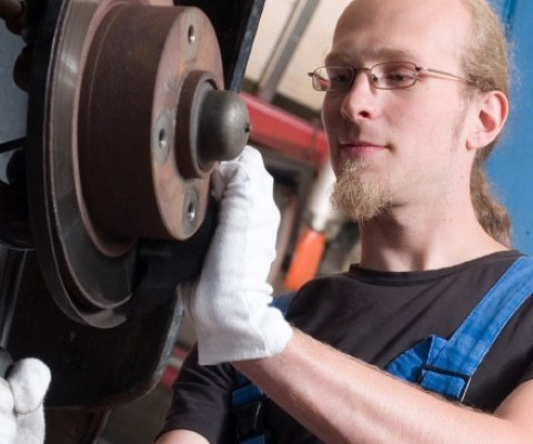 How to change your own brakes