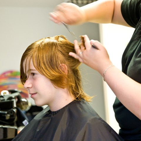 How to get a free haircut from a professional stylist