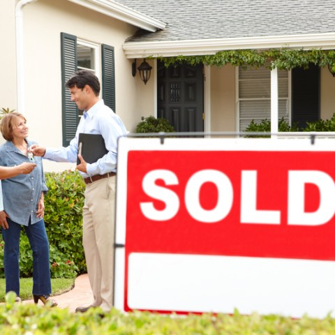 Buying a home? Here are 9 costly mortgage mistakes to avoid