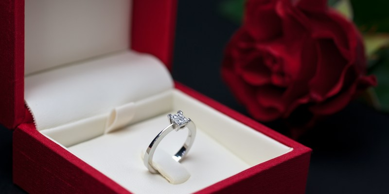 3 ways to get the best deal on a diamond engagement ring