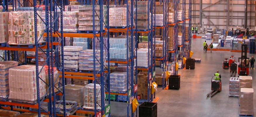 Major retailers raise minimums for free shipping