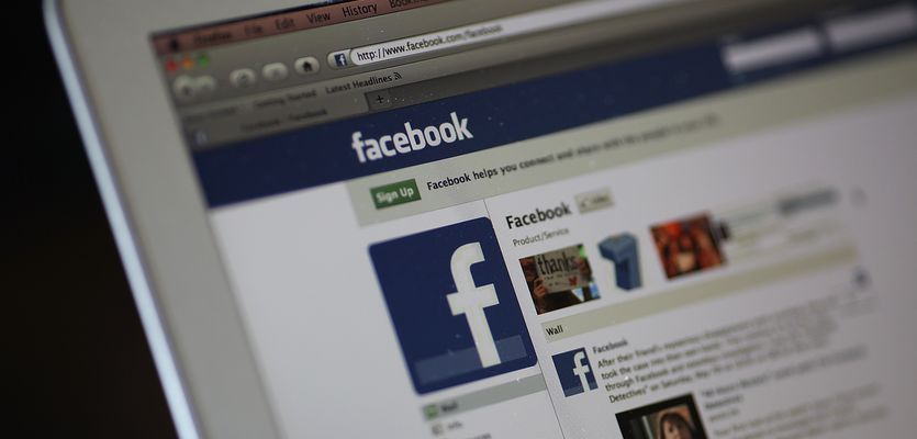 New Facebook tool allows blind users to 'see' photos