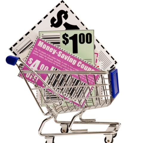 6 painless ways to save money on groceries that don't involve coupons!