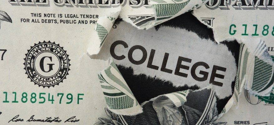 How to keep your student loan to a minimum
