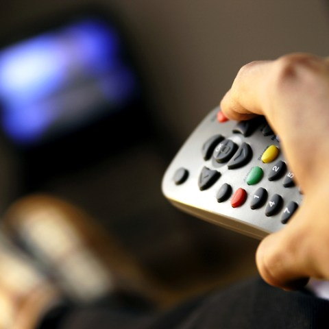 6 ways to save on your cable bill