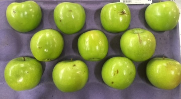 Walmart wants to sell you these ugly apples