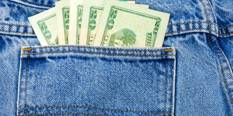 9 easy ways to pick up extra cash this summer