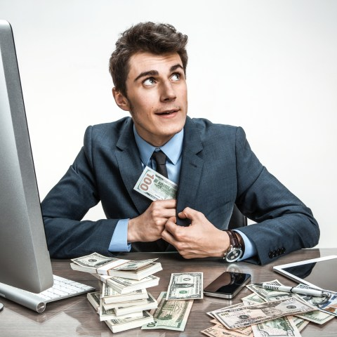 Beware of pump and dump stock scams that will leave you broke