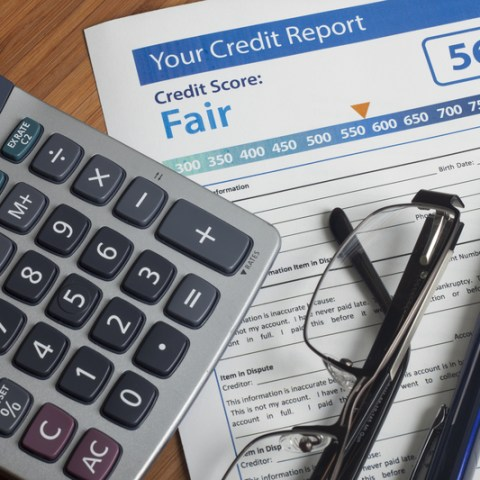 People who regularly check their credit score are still confused: Here's what you need to know!
