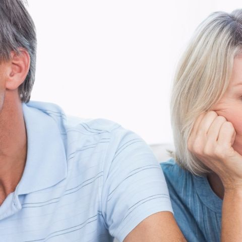 4 bad money habits that can hurt your relationship