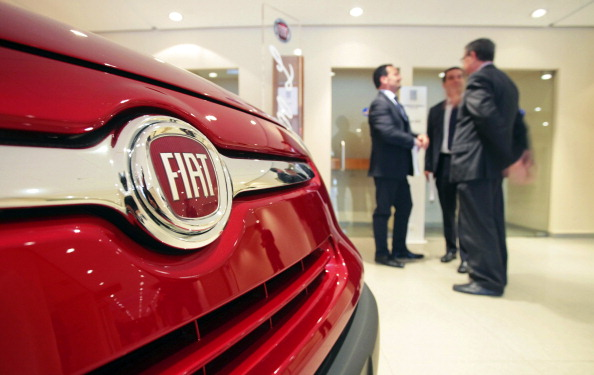 Should you lease a car during an 'End of the Year' sales event?