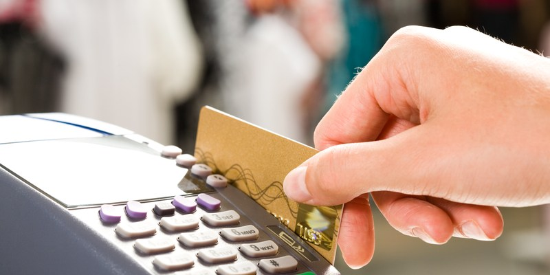 Debit card dangers! | 12 places you should never use a debit card