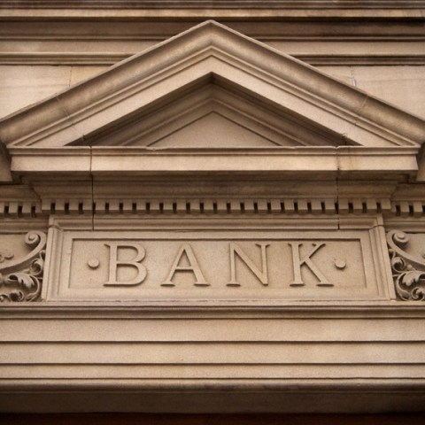 Only 27% of Americans trust banks, study says