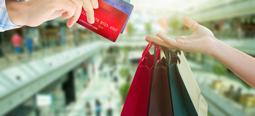 How credit card rewards can help pay for the holidays