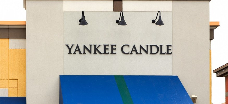 Yankee Candle issues recall over safety concerns