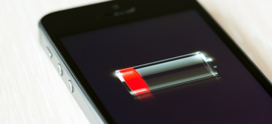 Mysterious bug is still shutting down iPhones with 30% battery left