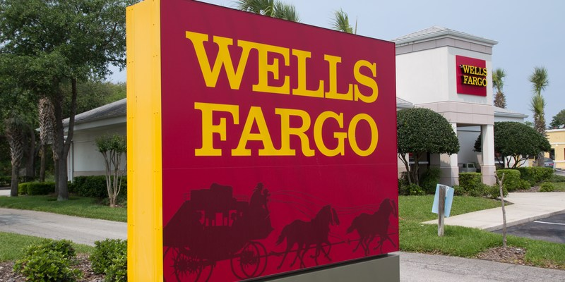 Former Wells Fargo employees: Customers blamed and charged for bank's mortgage delays