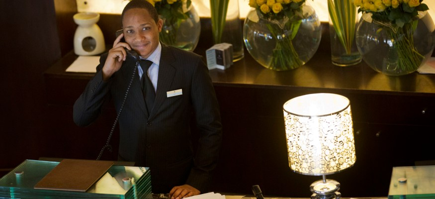 5 annoying hotel fees you should never pay