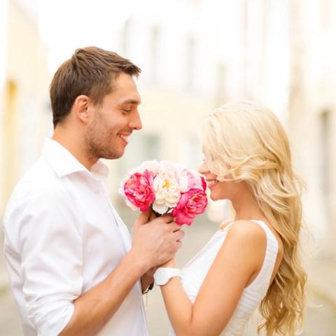 7 ways to save on Valentine's Day flowers