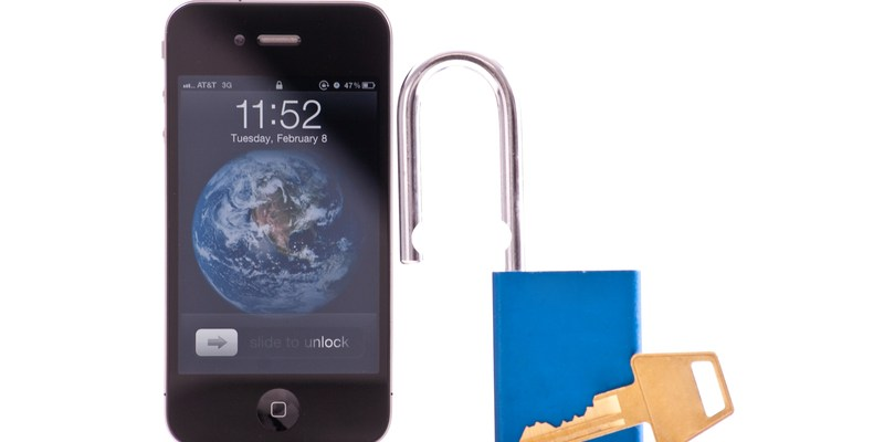 Report: 76 iOS apps put users at risk of data interception by hackers