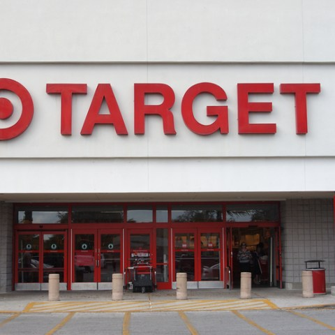 Target to change store layout for fast shoppers, browsers