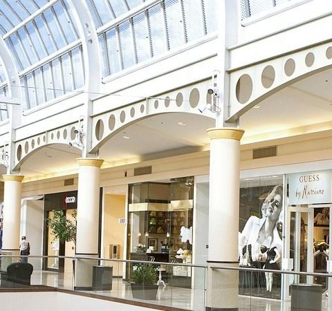 9 ways to save money at Simon Malls