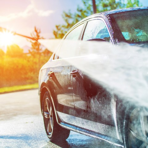 Keep your car spotless with these 5 easy cleaning hacks
