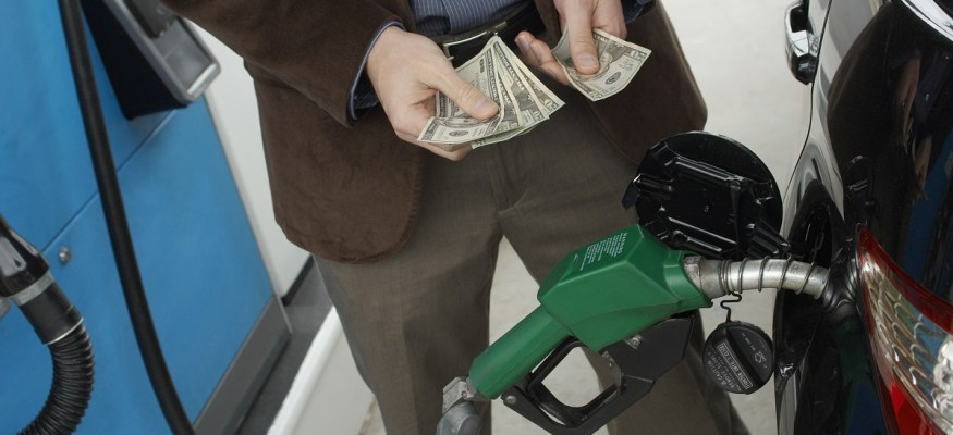 The best day of the week to buy cheap gas