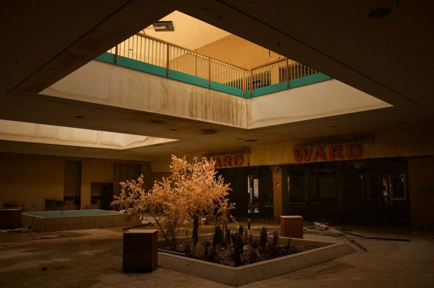 Metro North Mall - Kansas City, Missouri