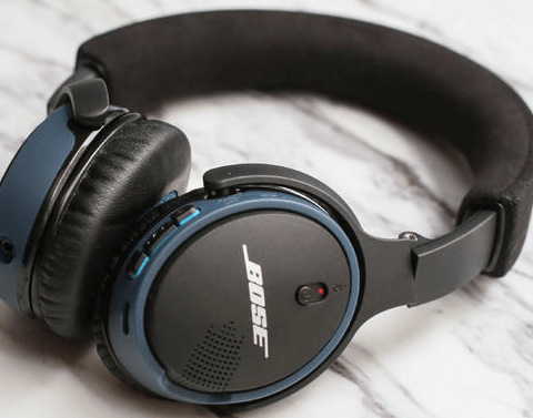 Lawsuit: Your Bose headphones are spying on you, sharing your info