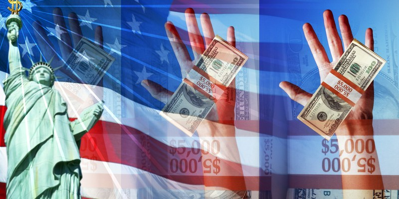 Hands Holding Money and The American Flag and Statue of Liberty. Symbol of Strong Economy.