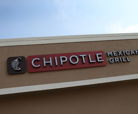 Chipotle reveals details of its data breach