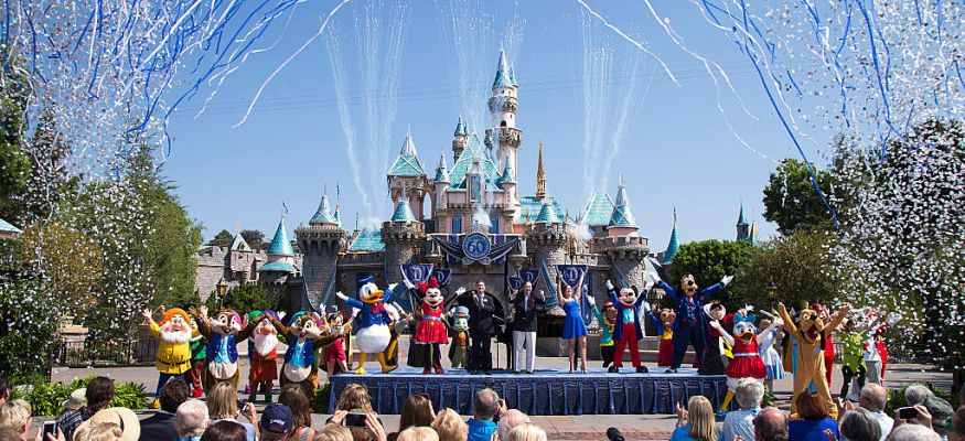 Disneyland reaches capacity, guests turned away