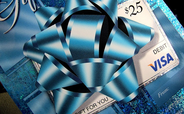 Warning: 3 big problems with Visa gift cards