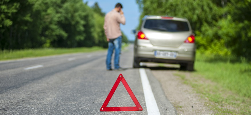 There's a Hidden Dark Side to Roadside Assistance and Cell Phone Insurance