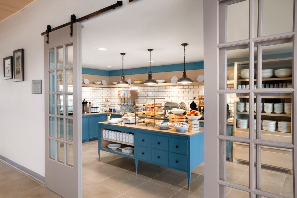 These 30+ hotel chains offer free breakfast - Clark Howard