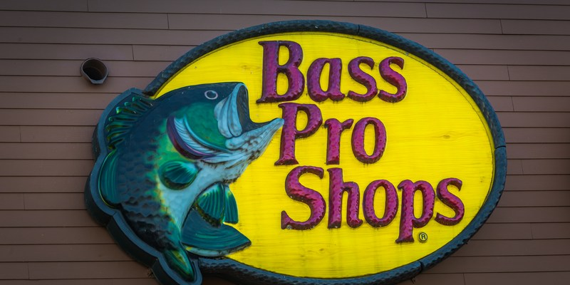 Bass Pro Shops donating dozens of boats to aid Harvey rescue efforts