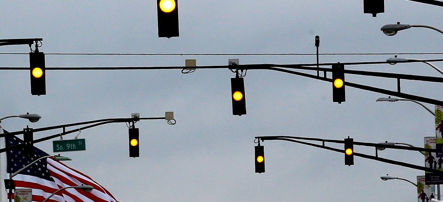 Downed traffic signal rules