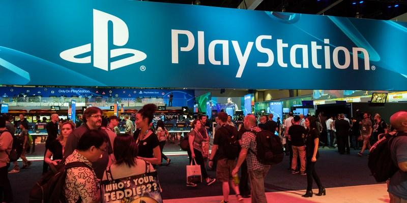 PlayStation debuts credit cards