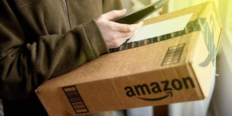 New Amazon Service Allows Couriers To Unlock Your Front Door And