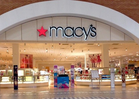 Macy's to hire 7,000 more holiday workers