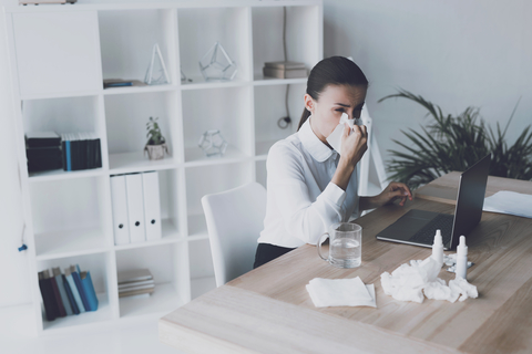 4 things you should do to avoid the flu at work and home