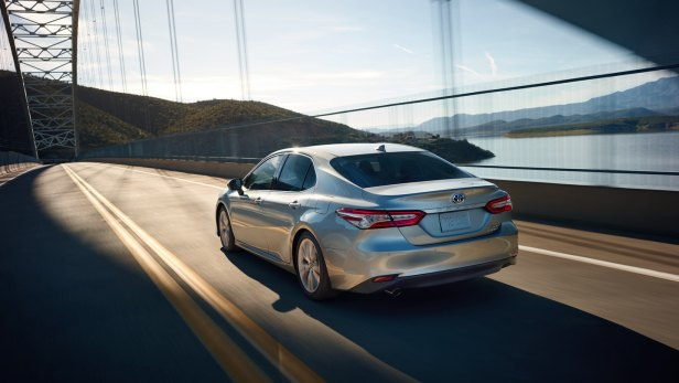 2018 Toyota Camry picture