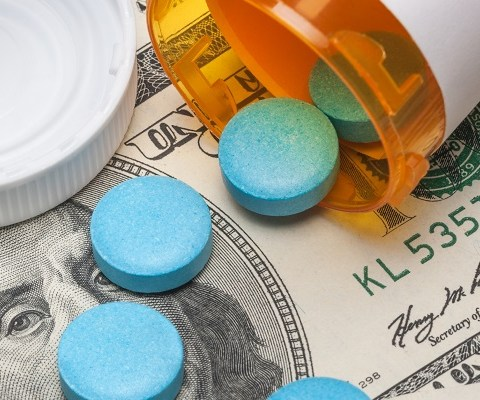 Just announced: New pharmacy discounts may lower your prescription drug bill
