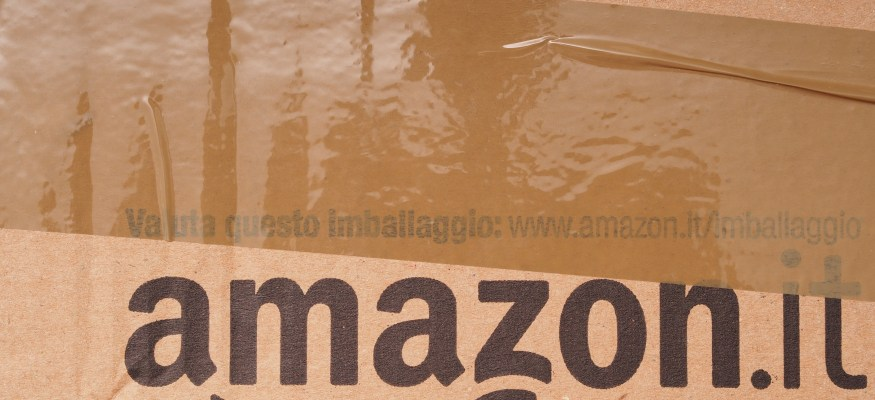 What you need to know about Amazon's in-car package delivery