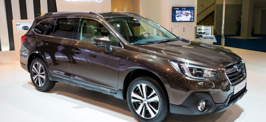 Acura Mdx Gas Mileage >> Top 2018 Cars For Getting Great Gas Mileage Clark Howard