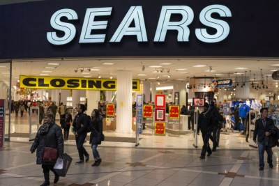 Retail alert: Sears, Kmart to close more stores