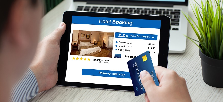 The best day and time to book a hotel room